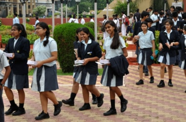 Three language formula for CBSE - Pros and Cons