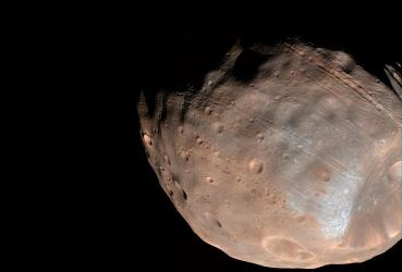 Scientists capture first images of Death Star moon Phobos